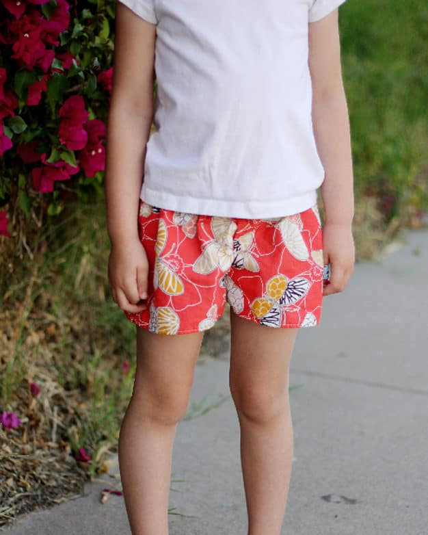 Simple Life Pattern Company in collaboration with Sew Caroline Magnolia shorts skirt shorts look like skirt flow relaxing play comfy comfortable shorts PDF sewing pattern for girls women sizes 2t-12 knit woven beginner fast sew #SLPco #SLPcoMagnolia #SLPcoXSC