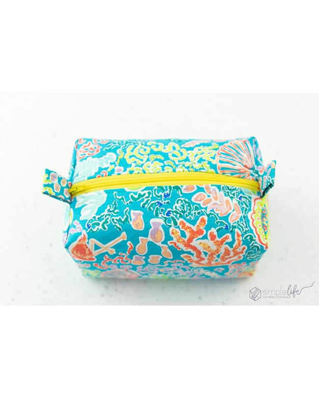 Simple Life pattern company free pdf downloadable sewing pattern how to sew a fully lined zipper box pouch purse pencil holder crayon roll up pencil colored art gallery fabrics katie skoog west palm fabric lily lilly pulitzer style theme design cricut maker easy press easypress 2 large svg file community access design space sewing patterns free tutorial